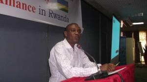 Alexis Mucumbitsi addresses the SUN CSA in Rwanda